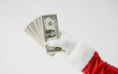 4 Helpful Holiday Money Tips